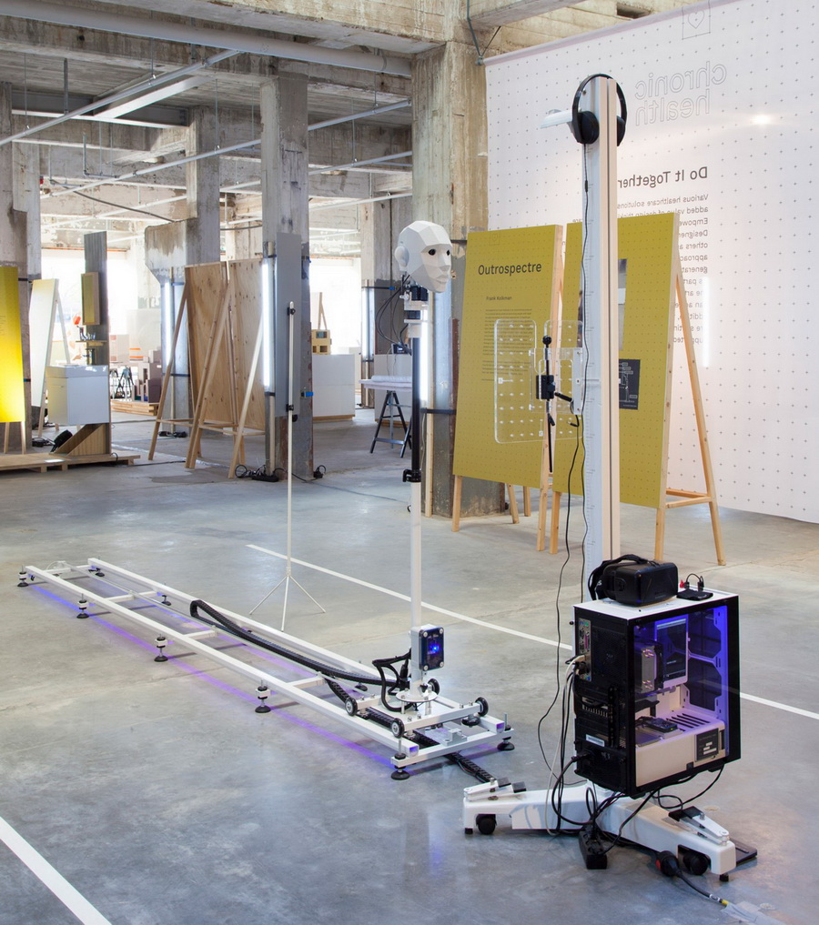 outrospectre-frank-kolkman-dutch-design-week-virtual-reality-technology_dezeen_2364_col_20-1704x1925.jpg